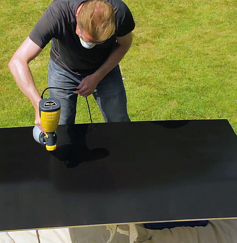 Painting MDF board with blackboard paint