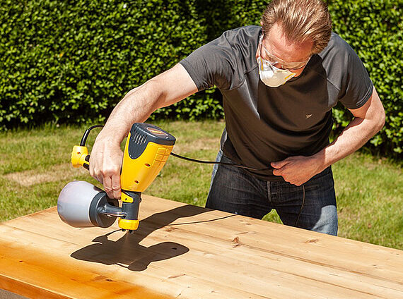 Varnishing a dining table