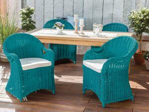 Das Ergebnis: schicke Gartenstühle in türkis!