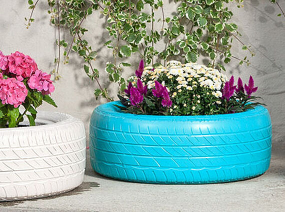 Flower pots made from car tyres
